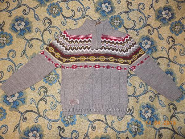 Теплый полушерстяной зимний свитер на 5-6л