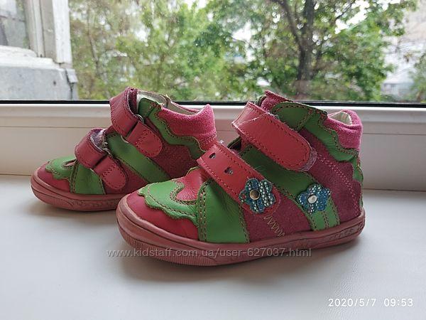 Осенние ботиночки Bartek Бартек р.21 стелька 13см для девочки