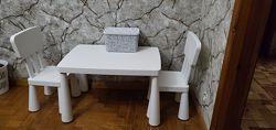 Детский столик и два стульчика Mammut IKEA ikea икеа