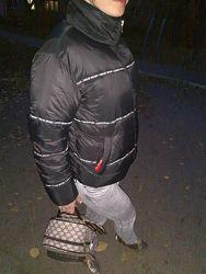 Тёплая, фирменная куртка