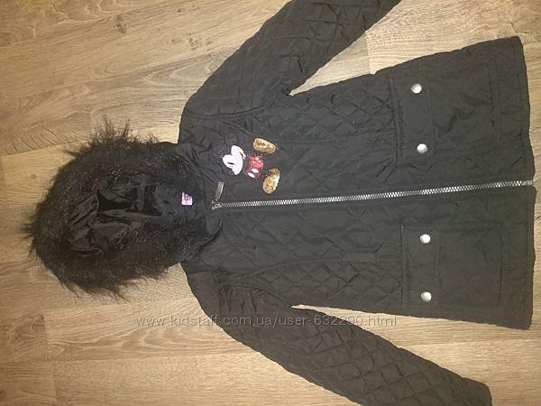 Куртка демисизонная на 6-7лет.