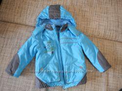 теплая куртка на флисе холодная осень  зима
