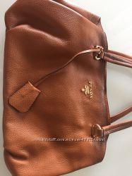 Кожаная сумка Prada реплика