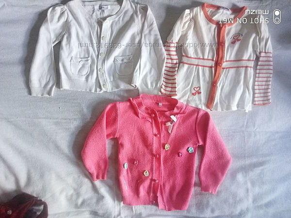 Кофточки на пуговичках на девочку от года до 3 лет