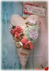 Текстильные сердечки-подвески с пожеланиями