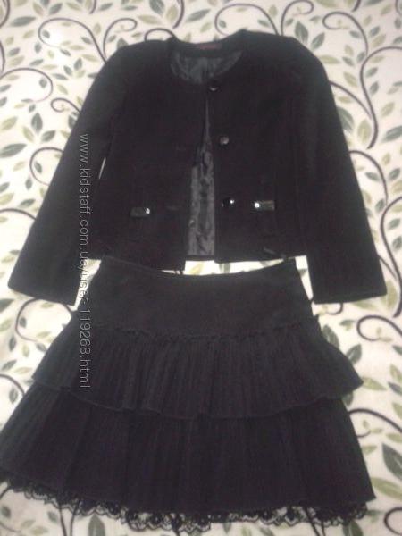 Костюм в школу 146 см пиджак и юбка для девочки