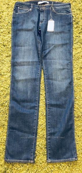 Шикарные новые оригинальные джинсы Wrangler р 31