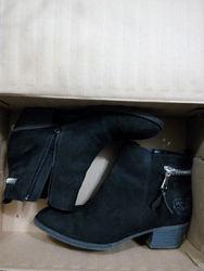 Новые сапожки, ботинки, полуботинки Disney, 34