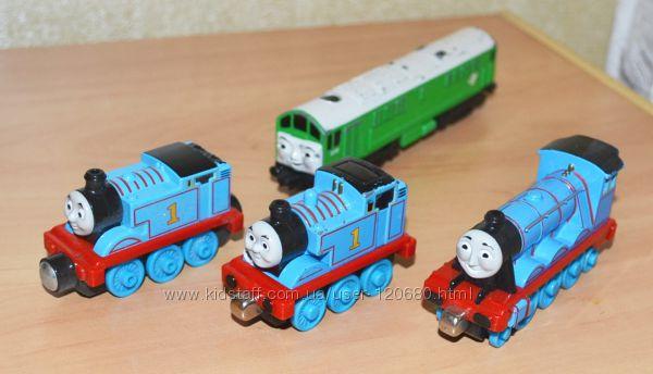 Паровозики Томас и друзья Taken play Learning Curve Mattel