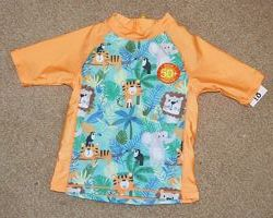 Купальная футболка Baby р. 9-12 мес