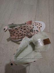 Ботинки, кроссовки  для принцессок HM  28 размер, 18 см