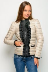Женская весенняя куртка. Распродажа. 44 размер.