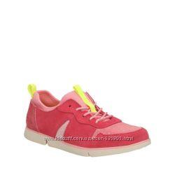 Крутые кроссовки Clarks размер UK 2 EU 34 в наличии идеально на 33й размер