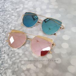 Солнцезащитные очки в стиле Dior Monster  Код 2421, 2423