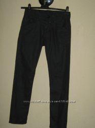 джинсы детские Denim  стрейч, на 140-146см. состояние новых