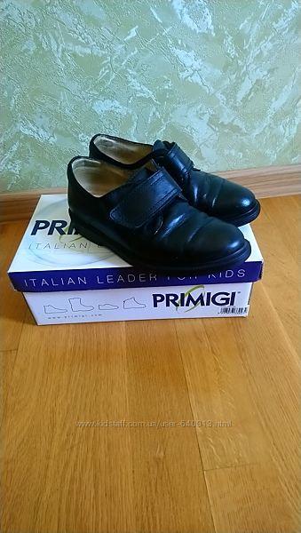 Продам коженные туфли Primigi 33р в отличном состоянии