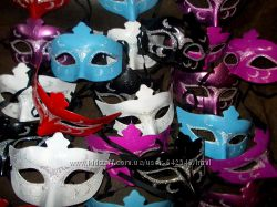 Маска карнавальная пластиковая новая цвет на выбор