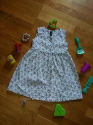 Нежное легкое платье GAP на 2-3 года