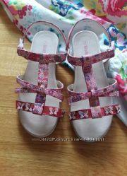 Яркие удобные сандалии босоножки WALKRIGHT  32 размер