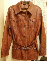 Куртка-пиджак кожаная женская, р. 50-52 в идеал. сост.