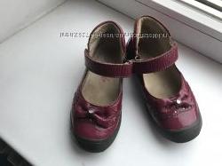 Кожаные лакированные туфельки Froddo