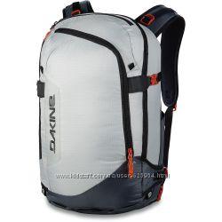 Крутой фирменный зимний рюкзак Dakine ARC 34L. для зимних видов спорта