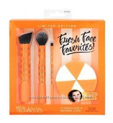Набор аксессуаров для макияжа Real Techniques Fresh Face Favorites Set
