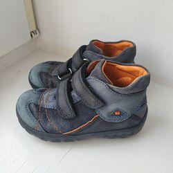 Демисезонные туфли ботинки Elefanten 22р. 14. 5 см.