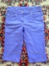 Капри, бриджи сереневые, джинсовые фирма С&А