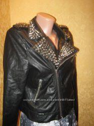 Куртка косуха с шипами в идеальном состоянии