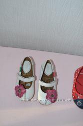 Очаровательные туфельки KicKers, бу 1 раз