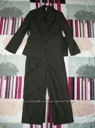 Школьный костюм-тройку Bozer, 30 разм.