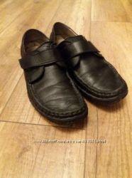 Подростковые туфли Mida