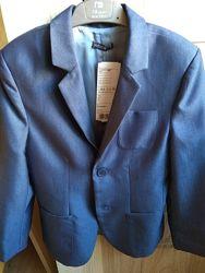 Пиджак для мальчика Wojcik. Размер 134.