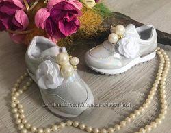 Кроссовки для девочки серебро р. 26-37