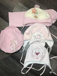 Продаю наши шапочки Польша в отличном состоянии все от 0 до 2 лет девочка.