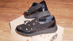 Женские туфли фирмы Wright