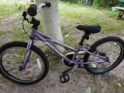 Детский велосипед в хорошем состоянии Specialized Hotrock