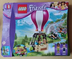 Конструктор LEGO Friends Повітряна куля Хартлейк Сіті