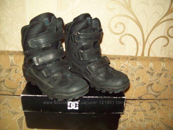 Ботинки Ecco кожа 29р в идеальном состоянии