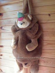 Детскакя игрушка- рюкзачок Медвежонок
