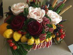Эксклюзивный карвинг букет из фруктов и овощей