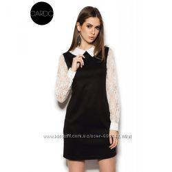 Платье трикотажное с воротничком и рукавами из кружева черное