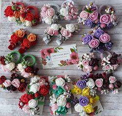 Весенние заколочки и резинки с розами.