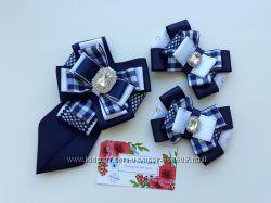Комплекты в школу галстук и бантики школьные