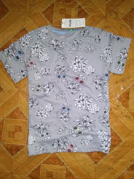 Стильна футболочка фірми Sela