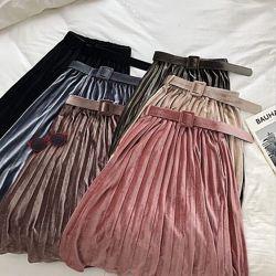 Шикарні модні бархатні спіднички