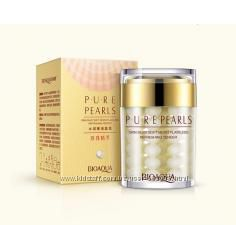 Омолаживающий крем-маска с эссенцией жемчуга BioAqua Pure Pearls Cream120ml