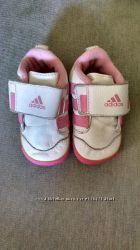 Кроссовки пинетки кожаные Adidas