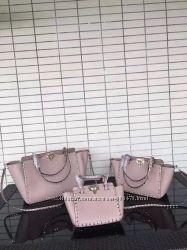 Шикарная сумка Valentino рокстад валентино